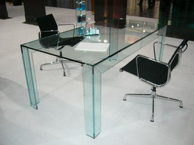 FU R018 Glass table