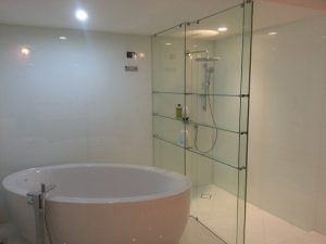 glassbathroom