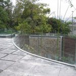 (FE-R012) Curve of the glass fence