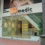 (SF-C011) Frameless glass shopfront