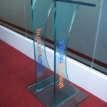 (TT-C 004) Glass rostrum