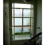 (AL-R004) Aluminium window using sandblasted glass design