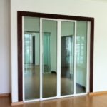 (AL-R012) Glass panel allows natural light to come in
