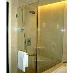 (SS-R006) Frameless glass shower screen
