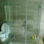 (SS-R023) Glass shower screen
