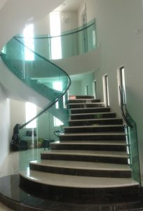 glass-staircase-design-2
