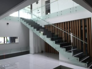 glass-staircase-design-3